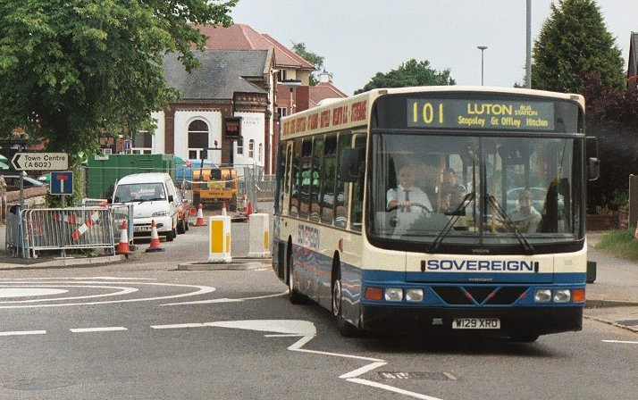 IAN'S BUS STOP: Hitchin Running Day 2003
