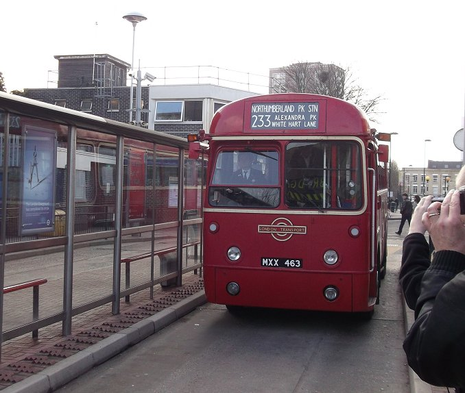 ian 39 s bus stop routes 212 233 60 years of red rfs 17th